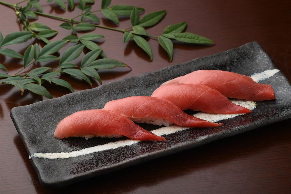 Tuna (Medium Toro half)